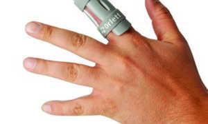 Как подобрать и носить ортез на пальцы руки?